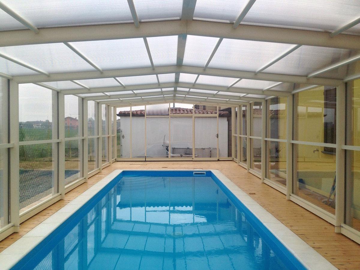 Installazione coperture telescopiche per piscine - Coperture mobili per piscine ...